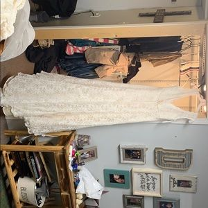 David's Bridal Dresses - Ivory wedding dress with lace